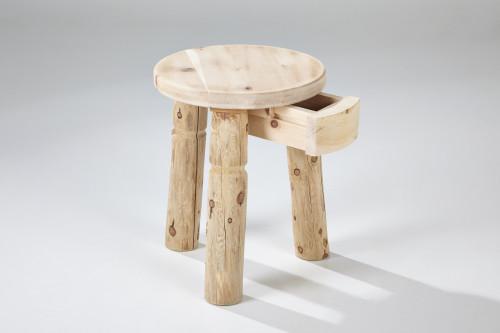 nachttischchen schnalser s ge handgemachte zirbenholz m bel nostalgie s gewerk holzwerkst tte. Black Bedroom Furniture Sets. Home Design Ideas